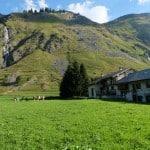 Les chalets Sabot de Venu et Le Gaulois à Champagny-le-Haut dans les Alpes lors d'un stage de jeûne et randonnée
