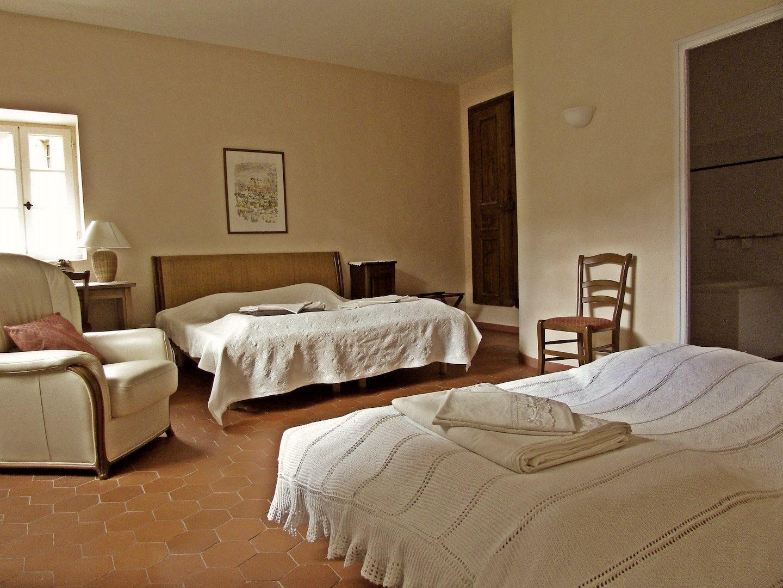 chambre maison principale miravel jeuneetrandonnee 1440x1080 - Domaine de Miravel