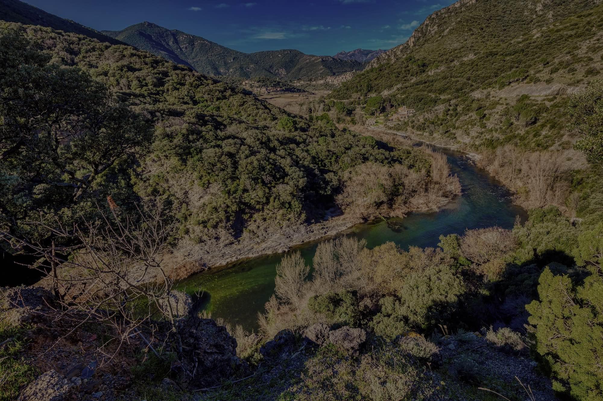 contempler le fleuve de la vie domaine de miravel jeuneetrandonnee - Domaine de Miravel