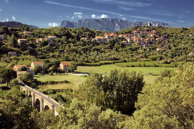 pays caroux miravel jeuneetrandonnee 1440x960 - Domaine de Miravel