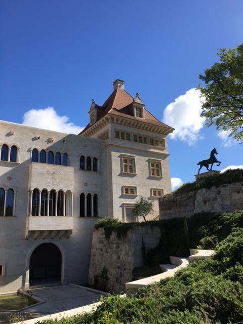 château en bas detox luxe 480x640 - Château de Guirauton - nouvelle version