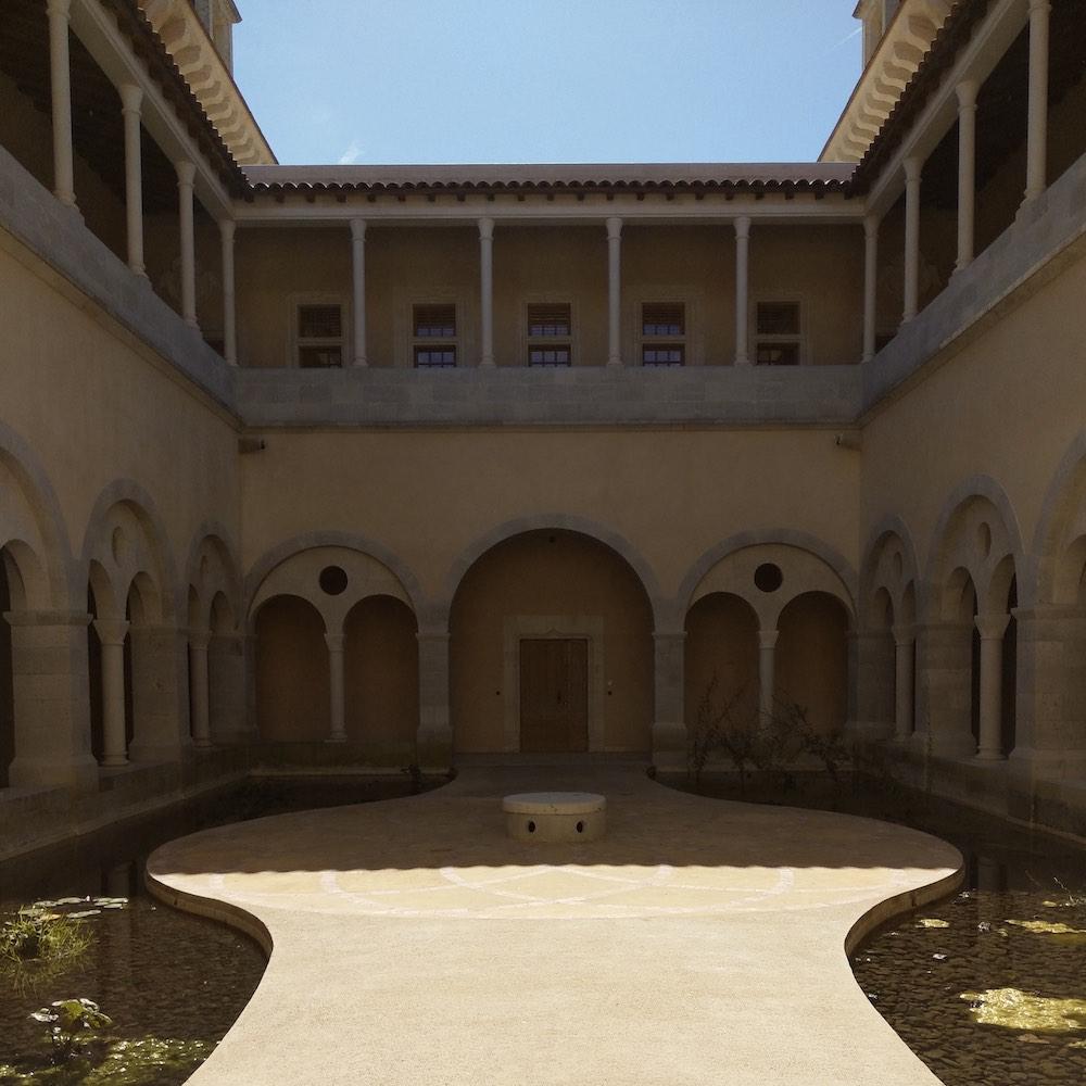 cloitre detox luxe 1000x1000 - Château de Guirauton - nouvelle version