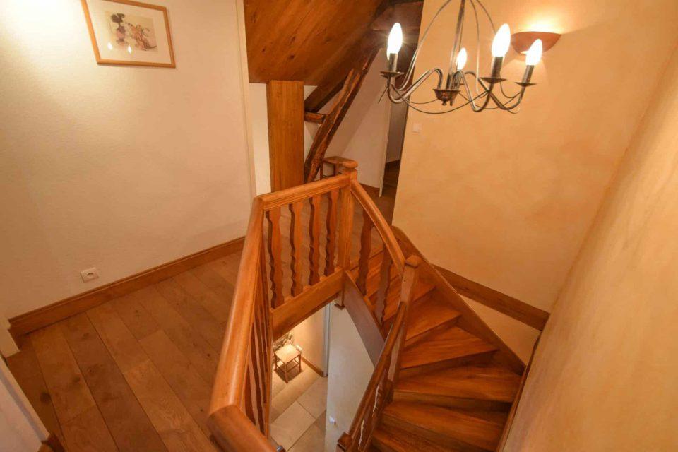 escalier essendieras perigord detox jeune confort 960x640 - Domaine d'Essendiéras