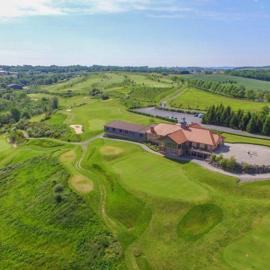 vue domaine essendieras golf detox jeune perigord confort 550x550 - Domaine d'Essendiéras